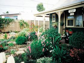Schoolhouse Cottage - Port Augusta Accommodation