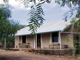 Mrs - Port Augusta Accommodation