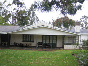 Naracoorte Cottages - Pinkerton Hill - Port Augusta Accommodation