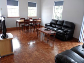 Lakeman Apartment - Port Augusta Accommodation
