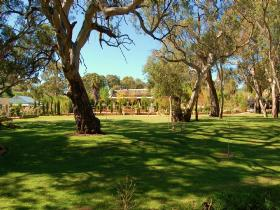 Jacobs Creek Retreat at Moorooroo Park - Port Augusta Accommodation