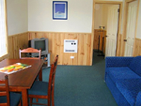 Driftwood Strahan Villas - Port Augusta Accommodation