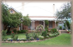 Guy House Bed and Breakfast - Port Augusta Accommodation