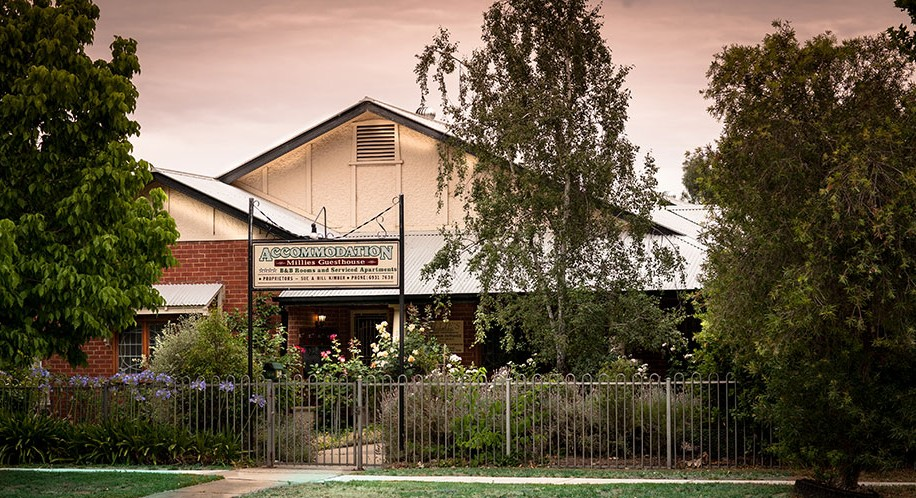 Millies Guesthouse  Serviced Apartments - Port Augusta Accommodation
