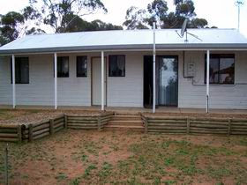 Lot 322 Holiday House - Port Augusta Accommodation