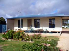 A Place To Stay - Port Augusta Accommodation