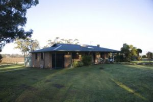 Talga Vines Vineyard Escape - Port Augusta Accommodation