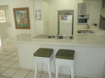 Sunset Cove Noosa - Port Augusta Accommodation