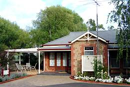 Amble In Self Contained Accommodation - Garden Retreat B & B - Port Augusta Accommodation