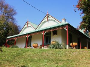 Ravenscroft and The Cottage - Port Augusta Accommodation