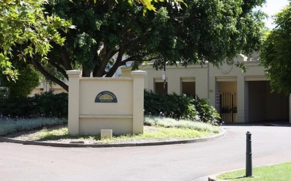 The Lombard Estate Sydney - Port Augusta Accommodation