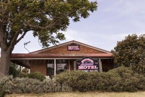 Colonial Motel - Port Augusta Accommodation