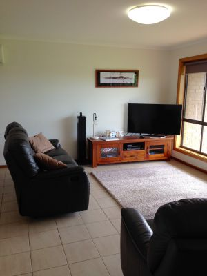 Springs Beach House - Port Augusta Accommodation