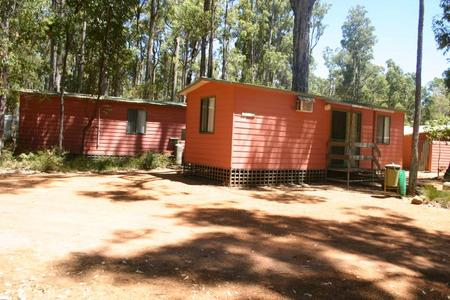 Dwellingup Chalets And Caravan Park - Port Augusta Accommodation