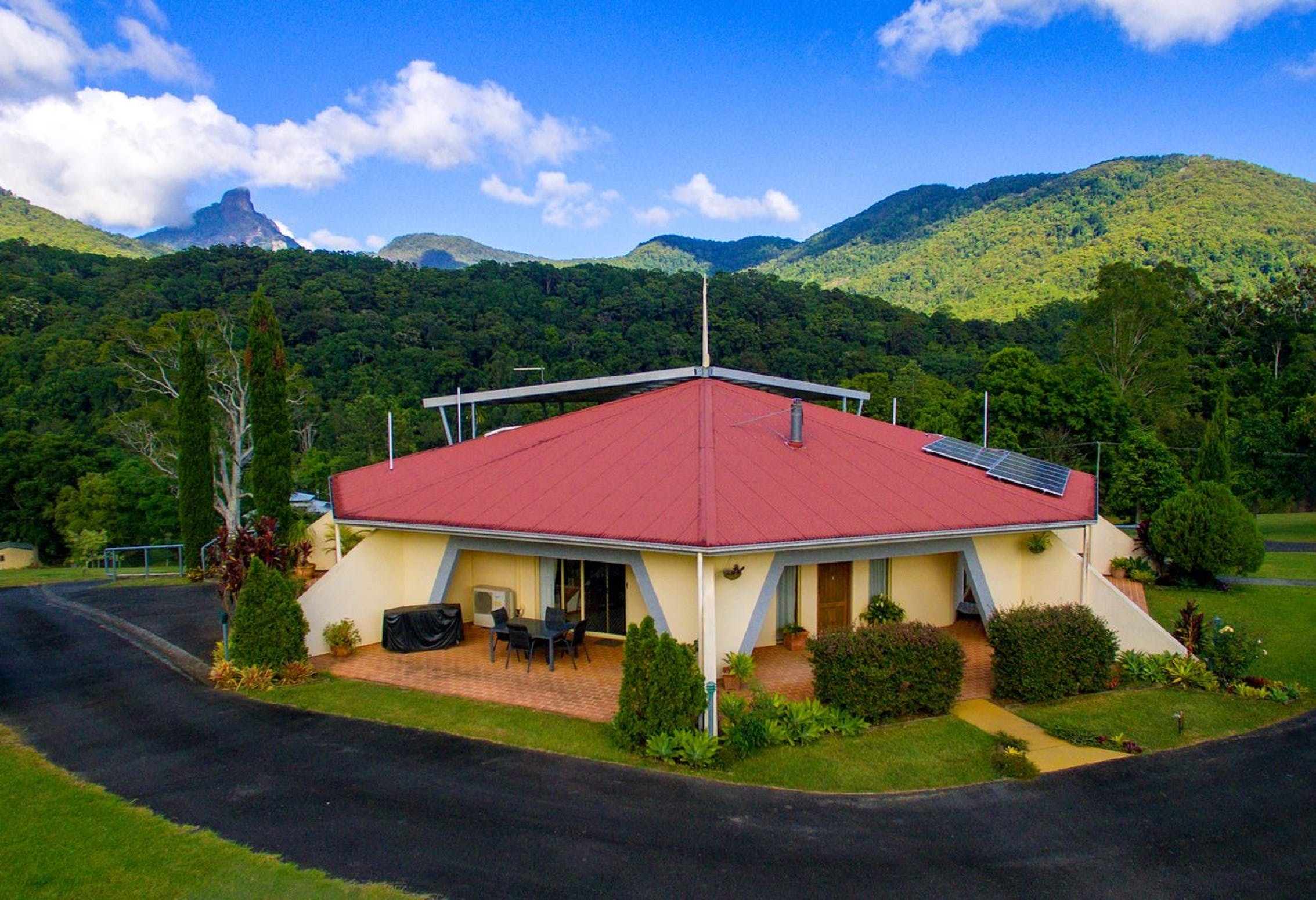 A View of Mount Warning Bed and Breakfast - Port Augusta Accommodation
