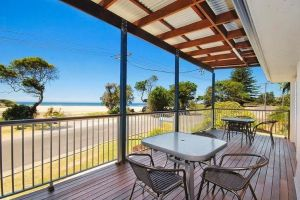Seascape Holiday Apartments Lake Cathie - Port Augusta Accommodation