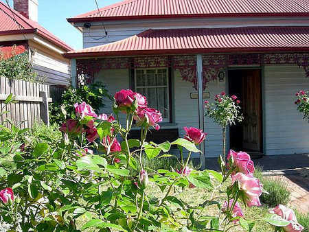Airleigh - Rose Cottage - Port Augusta Accommodation