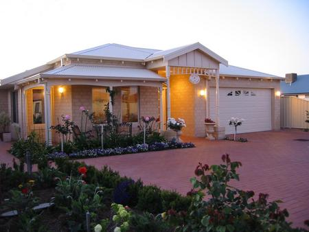 Sussex on Willis Cove Bed and Breakfast - Port Augusta Accommodation