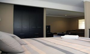 St Francis Winery - Port Augusta Accommodation