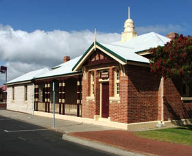 Artgeo Cultural Complex - Old Courthouse - Port Augusta Accommodation