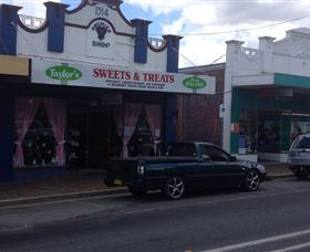 Taylors Sweets and Treats - Port Augusta Accommodation