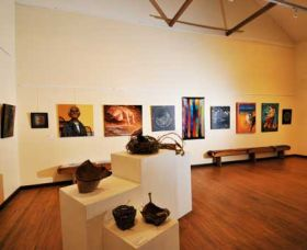 Blue Knob Hall Gallery and Cafe - Port Augusta Accommodation