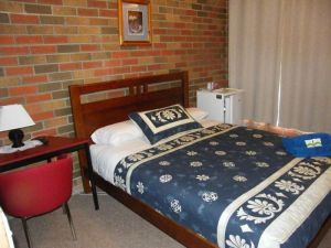 Boomers Guest House Hamilton - Port Augusta Accommodation