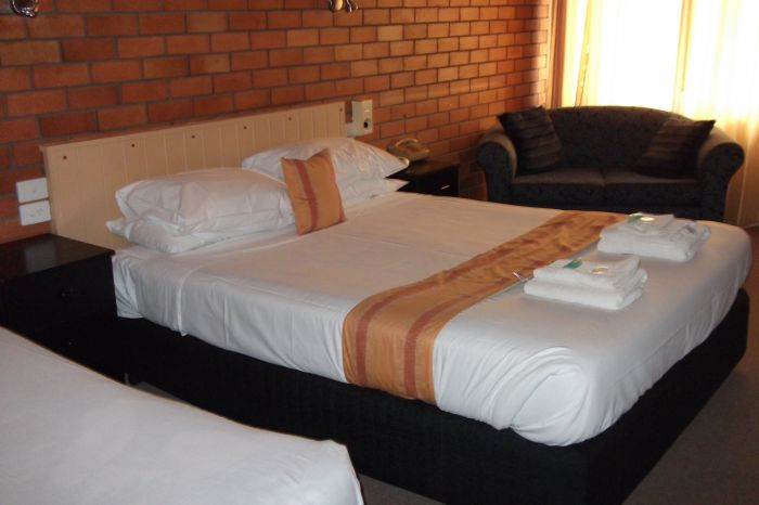 Hilldrop Motor Inn - Port Augusta Accommodation