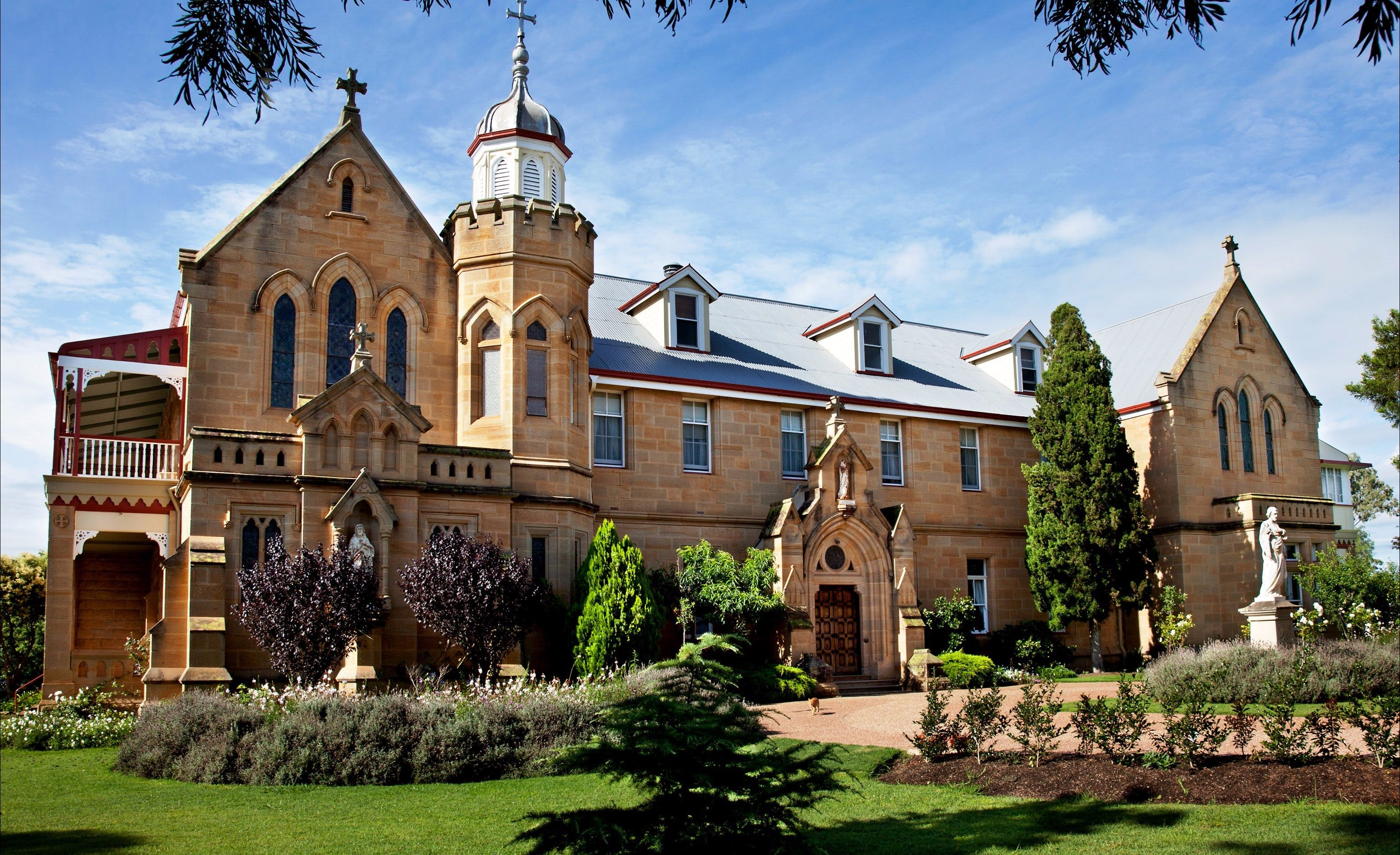 Abbey of the Roses - Port Augusta Accommodation