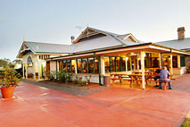 Potters Hotel and Brewery - Port Augusta Accommodation