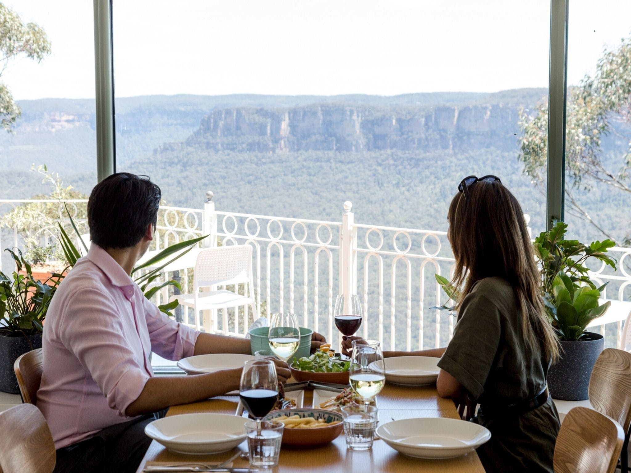 Christmas Day Lunch at The Lookout Echo Point - Port Augusta Accommodation