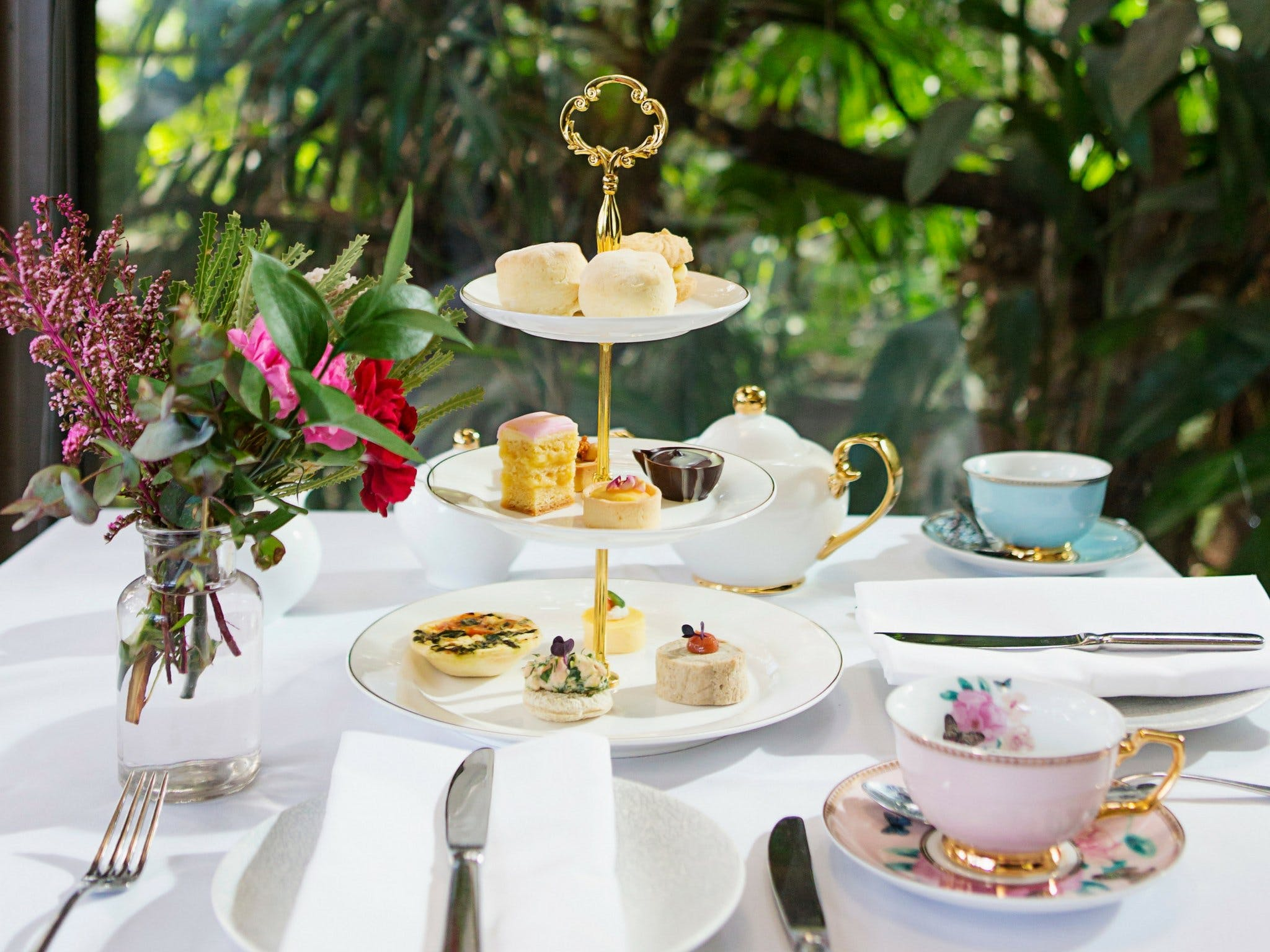 High Tea at Melbourne Zoo - Port Augusta Accommodation