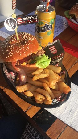 Notorious Burgers - Port Augusta Accommodation