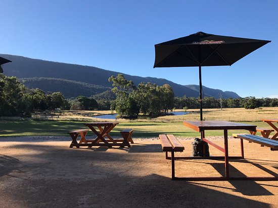 Halls Gap Hotel Restaurant - Port Augusta Accommodation