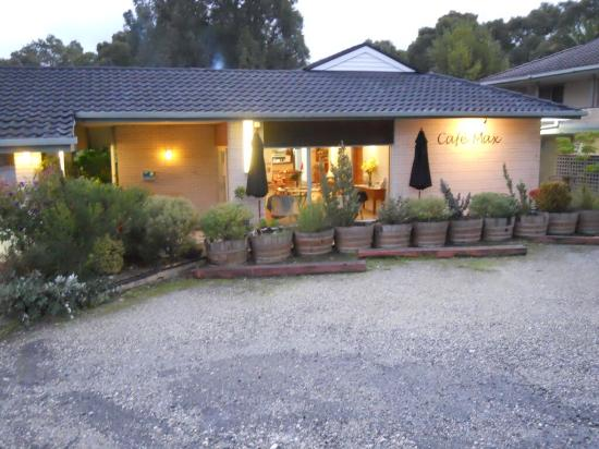 Max's Cafe  Restaurant - Port Augusta Accommodation