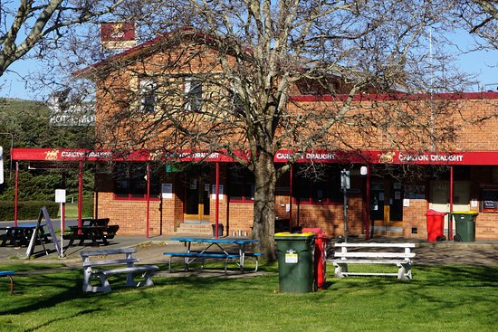 Snow Goose Hotel Adaminaby - Port Augusta Accommodation