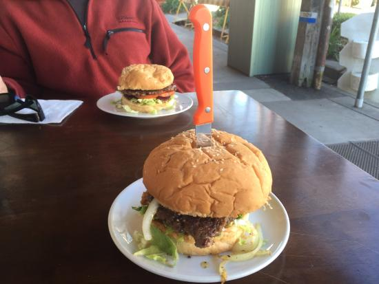 Thunderbolts Cafe  Takeaway - Port Augusta Accommodation