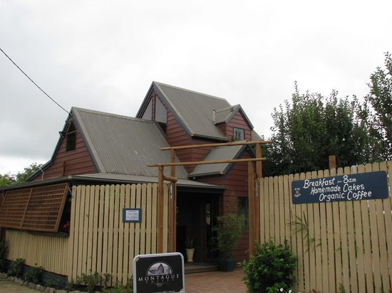 Blue Earth Cafe - Port Augusta Accommodation