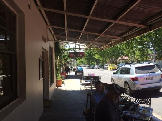 Cafe on Louee - Port Augusta Accommodation