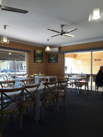 Cardian's Coffee Lounge - Port Augusta Accommodation
