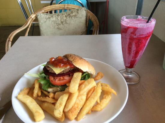 The Blue Heron Cafe - Port Augusta Accommodation