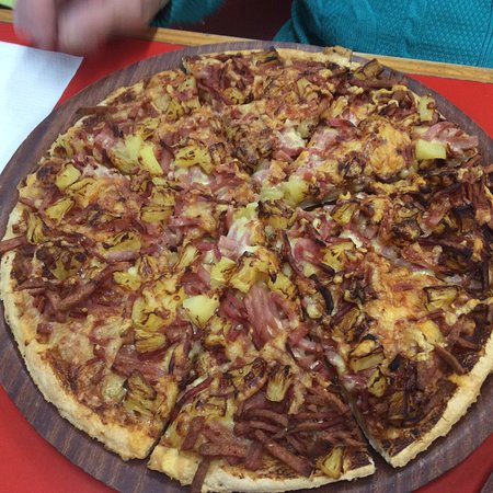 Red Grasshopper Pizza