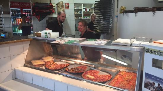 Rocky's Pizza - Port Augusta Accommodation