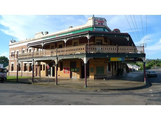 Bank Hotel Dungog - Port Augusta Accommodation