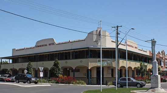 Commercial Hotel - Port Augusta Accommodation