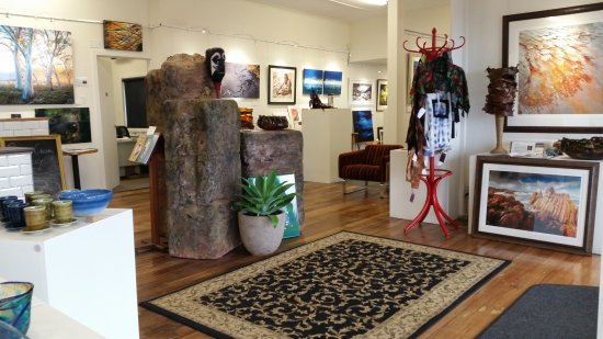 Penguin Creek Gallery Cafe
