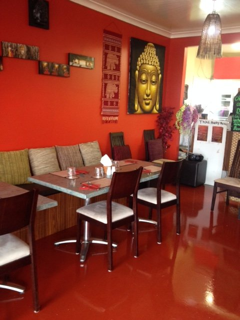 Pluny's Thai Cafe