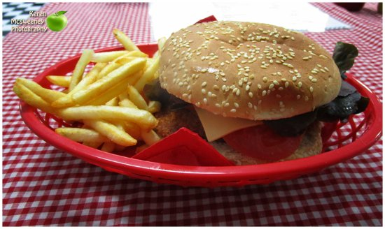 Mel's Diner  takeaway - Port Augusta Accommodation