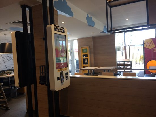 McDonald's Glenmore - Port Augusta Accommodation