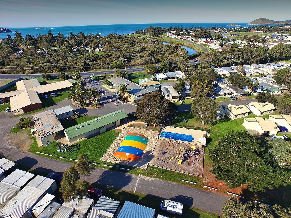 Victor Harbor Holiday  Cabin Park - Port Augusta Accommodation